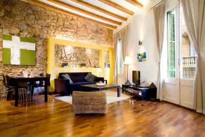 Уютная квартира с туристической лицензией в центре Барселоны